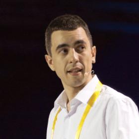 Максим Уваров